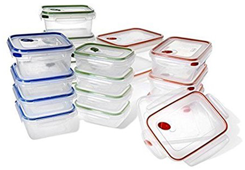 9. Rubbermaid Easy Find Lids Glass Food Storage Container