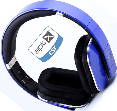 2. August EP650 Bluetooth Wireless Stereo NFC Headphones - Comfortable Leather Cushioned Headset with built-in Microphone, 3.5mm Audio In Socket and Rechargeable Battery - Compatible with Mobile Phones, iPhone, iPad, Laptops, Tablets, Smartphones etc. (Blue)