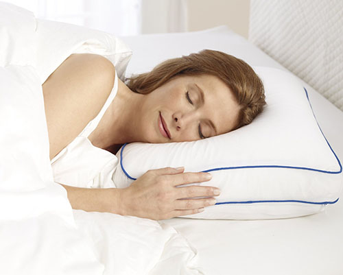 4. Serta Gel Memory Foam Pillow