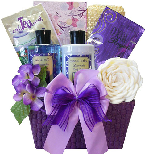 8. Delights Lavender Spa Bath and Body Set