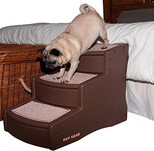 5. Pet Gear Easy Step III Pet Stairs