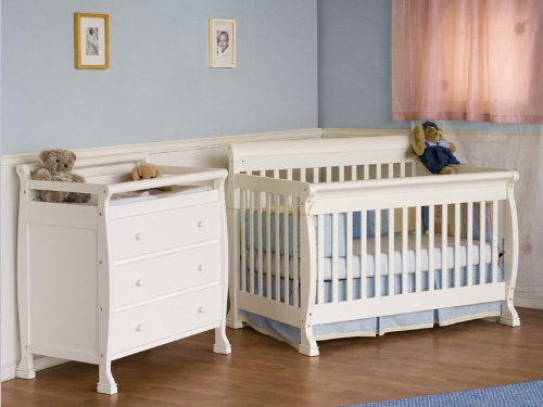 4 In 1 Convertible Wood Crib Nursery Set