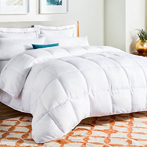 2. Linenspa White Goose Comforter with