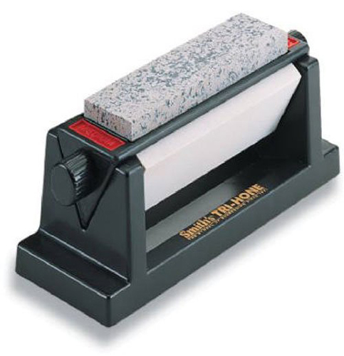 5. Smith's TRI-6 Arkansas TRI-HONE Sharpening Stones System