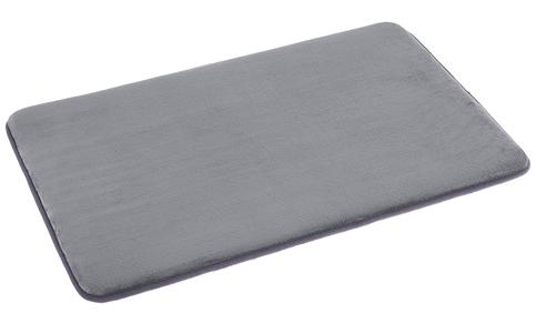 1. AmazonBasics Non-Slip Memory Foam Bathmat