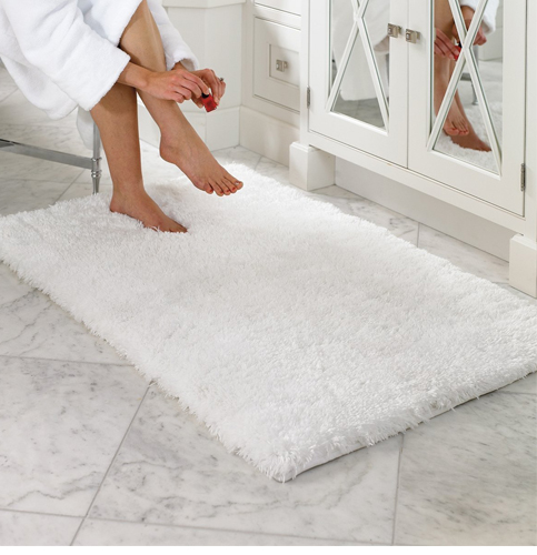 2. Norcho Soft Microfiber Non-slip Antibacterial Rubber Luxury Bath Mat Rug