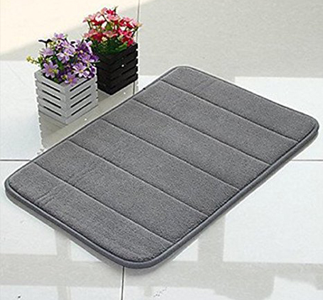 4. WPM'S Incredibly Soft and Absorbent Memory Foam Bath Mat