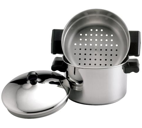 10. Farberware 3-Quart Saucepot and Steamer