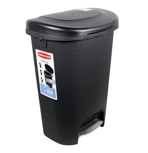 9. Rubbermaid 1843029 13-Gallon Trash Can