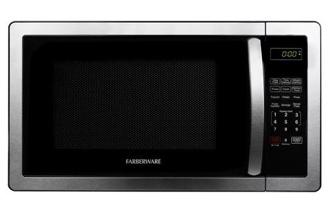 4. Farberware Classic FMO11AHTBKB 1.1 Cubic Foot 1000-Watt Microwave Oven