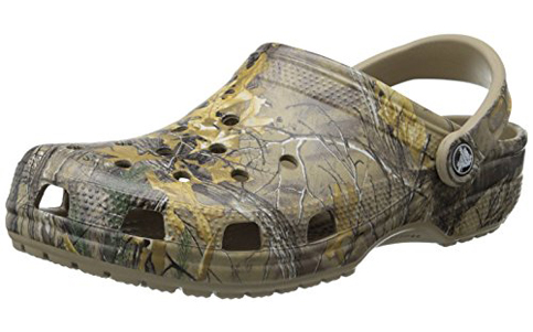 7. Crocs Men's Classic Realtree Xtra Clog