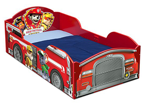 5. Delta Children Wood Toddler Bed