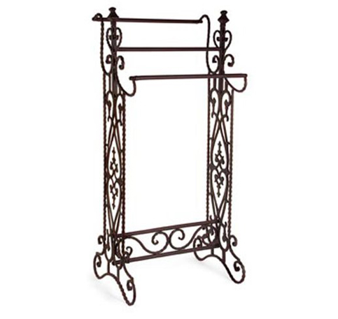 5. Imax Slender Wrought Iron Quilt Stand