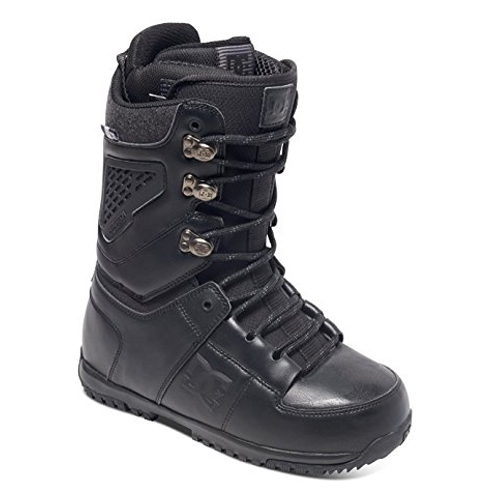 9. DC Lynx Traditional Lacing Snowboard Boots