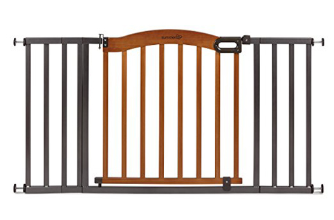 3. Summer Infant Decorative Wood & Metal 5 Foot Pressure Mounted Gate