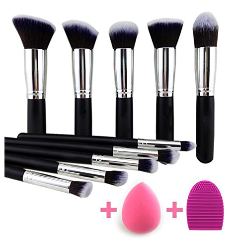 2. BEAKY Makeup Brush Set