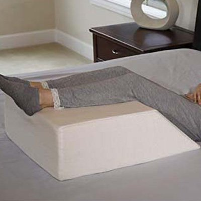 3. InteVision Ortho Bed Wedge Pillow