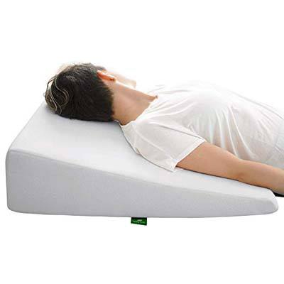 10. Cushy Foam Bed Wedge Pillow
